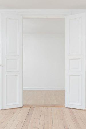 Планирайте цялостния ремонт като започнете от вратите