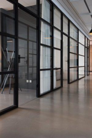 Портални интериорни врати – иновативната тенденция в интериорния декор